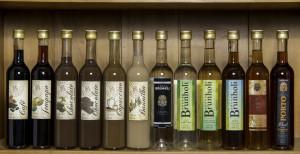 Muitas opções de Vinhos, Cachaças e Licores – Adega Brunholi
