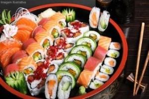 Grande variedade no Hoken Sushi