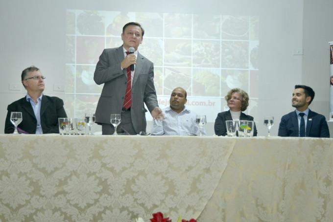 O prefeito Pedro Bigardi abriu oficialmente o festival