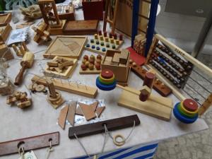 Brinquedos Pedagógicos Artesanais - Flávio Leone