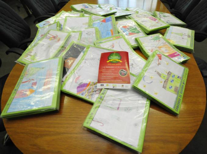 Mais de 7 mil desenhos: estímulo ao espírito natalino