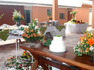 Mesa do bolo decorada - Recanto Coisa Linda