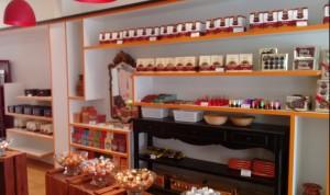 Grande variedade de doces e chocolates finos